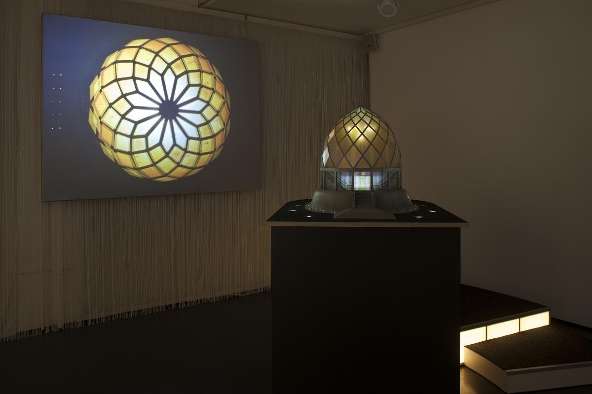 Ausstellungsinstallation zum Glashaus von Bruno Taut im Werkbundarchiv - Museum der Dinge