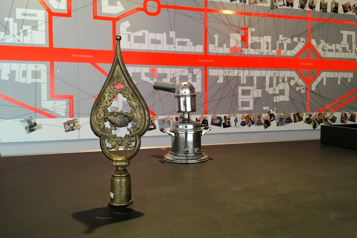 Ausstellungsansicht Kabinett des Unbekannten