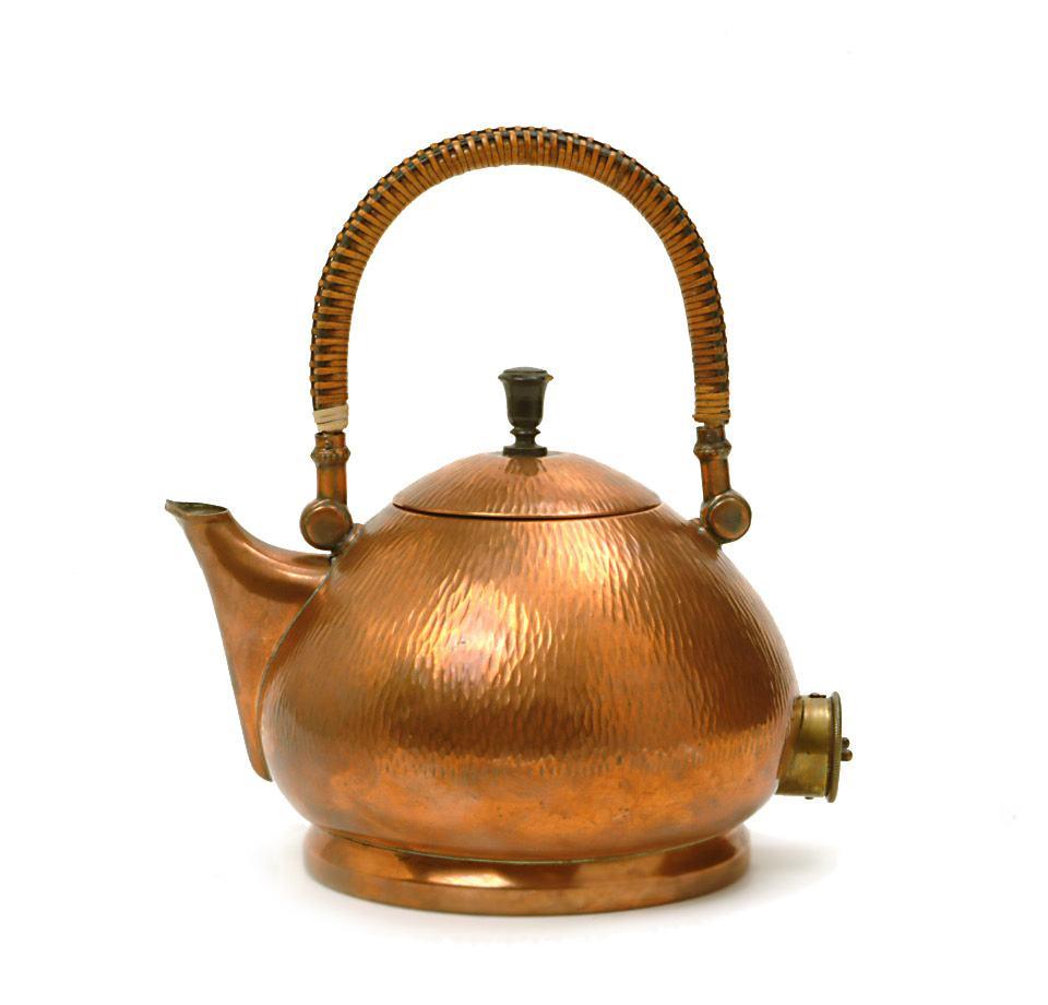 Tee- und Wasserkessel, Peter Behrens für AEG, 1909, Sammlung Werkbundarchiv - Museum der Dinge