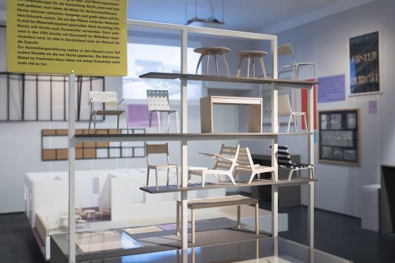 Modelle von Herbert Hirche für Kunststoff-Montagehäuser, Nachbau: André Kryger, 2017 Foto: Katrin Greiling