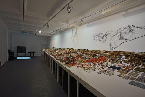 """Blick in die Sonderausstellung """"Mobilien"""" im Werkbundarchiv - Museum der Dinge"""